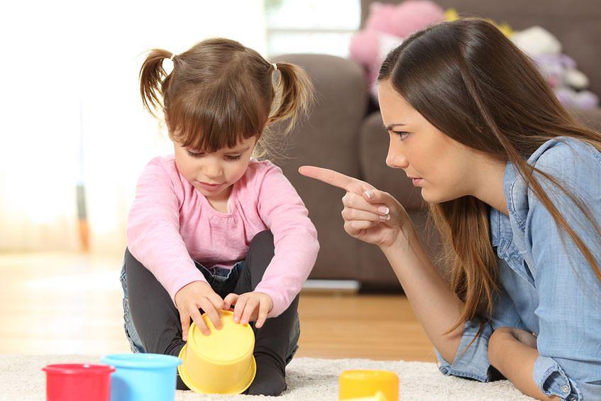 Czego nie powinno się mówić dzieciom?