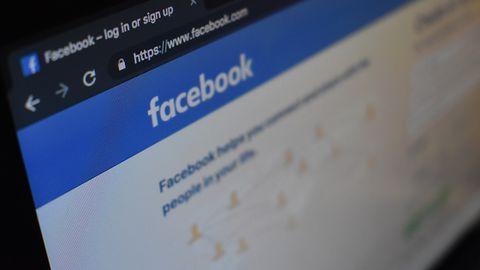 Facebook ma pretensje do sprzedawców domen. O co chodzi?