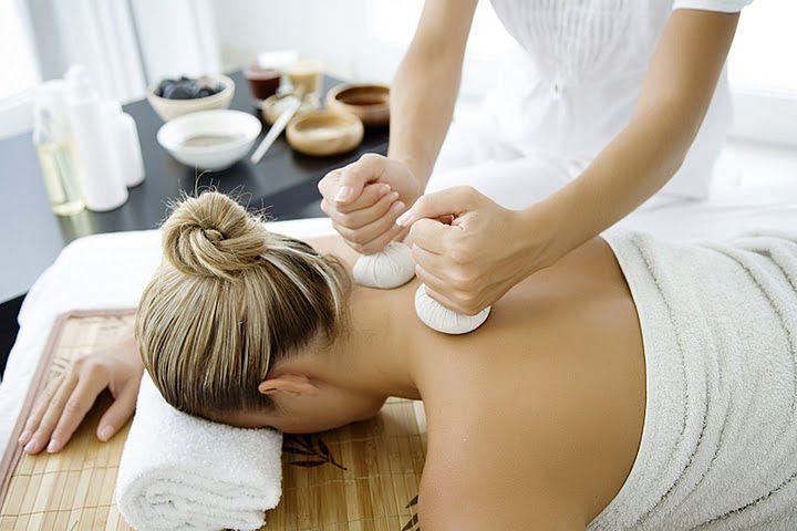 Zdjęcia masażu - masaż leczniczy