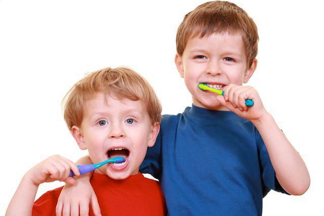 Rodzaj szczoteczki do zębów dla malucha