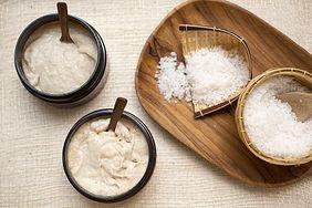 Sprawdzone przepisy na domowy peeling: cukrowy i nie tylko