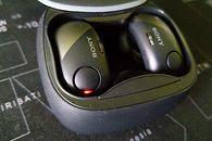 Recenzja Sony WF-SP700N — bezprzewodowe słuchawki douszne dla sportowców i nie tylko