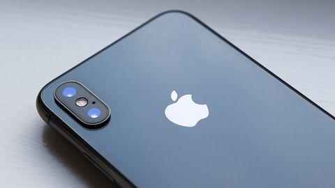 iPhone X ma problem z logowaniem twarzą, wina leży po drugiej stronie obudowy