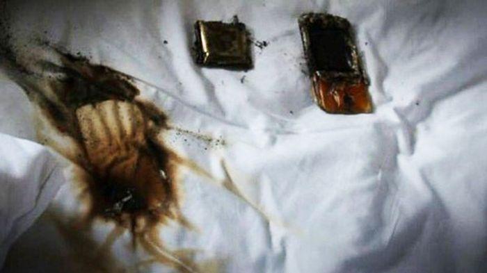 Lepiej nie trzymaj smartfona pod poduszką