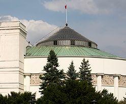 Wyprzedaż w Kancelarii Sejmu. Kupisz niepotrzebne przedmioty posłów