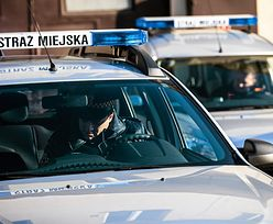 Warszawa: mężczyzna powiesił się w wozie straży miejskiej