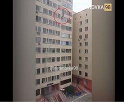Niewiarygodne nagranie z Kazachstanu. Złapał w locie chłopca spadającego z 10. piętra