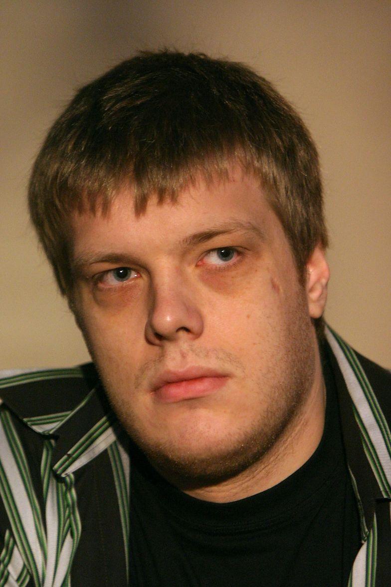 Adrian Zandberg urodził się 4 grudnia 1979 r. w Aalborgu w Danii