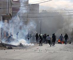 Zamieszki w Tunezji. Dziennikarz podpalił się w ramach protestu