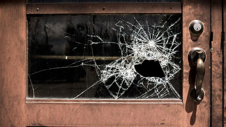 Windows Server: niedawno załatana dziura wreszcie zostaje zauważona (fot. Obraz  Paul Barlow, Pixabay)