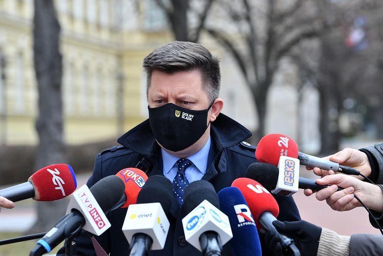 Koronawirus. Dworczyk: Na tle innych krajów Polska wypada naprawdę dobrze