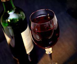 Nie zdziwcie się w sklepie. Butelki z winem będą wyglądać inaczej!