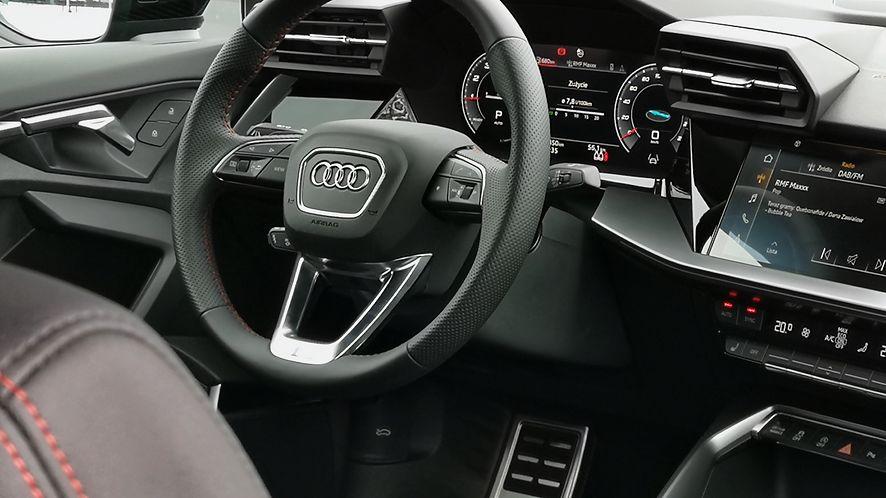 Mnóstwo nowoczesnych rozwiązań i wyposażenie zaczerpnięte z wyższych modeli - oto nowe Audi A3