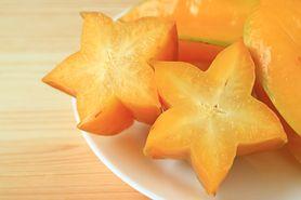 Jak jeść owoc karambola? Jakie właściwości ma gwiaździsty owoc?