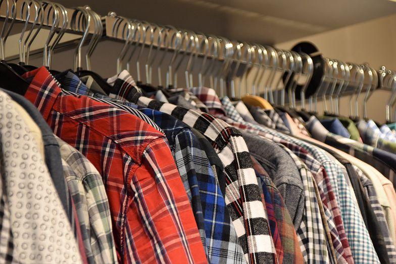 UE zmieni składy ubrań? To, co nosimy, to katastrofa dla środowiska
