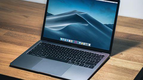 Dziwne przypadki MacBooka Air 2020. Matryca pod Windowsem 10 jaśniejsza niż w macOS
