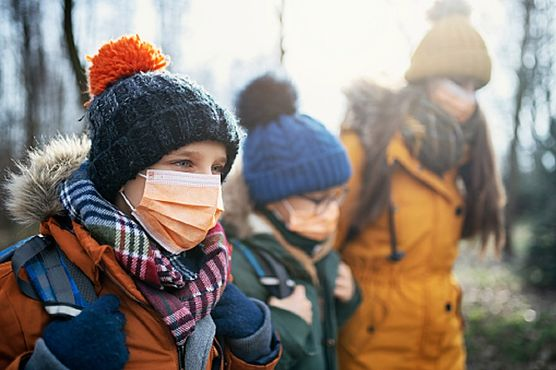 Czy powrót dzieci do szkół we wrześniu będzie bezpieczny? Komentują prof. Simon, prof. Boroń-Kaczmarska oraz dr Dzieciątkowski