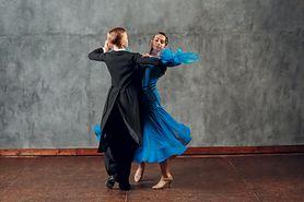 Fokstrot - historia, postawa taneczna, stroje, podstawowe kroki