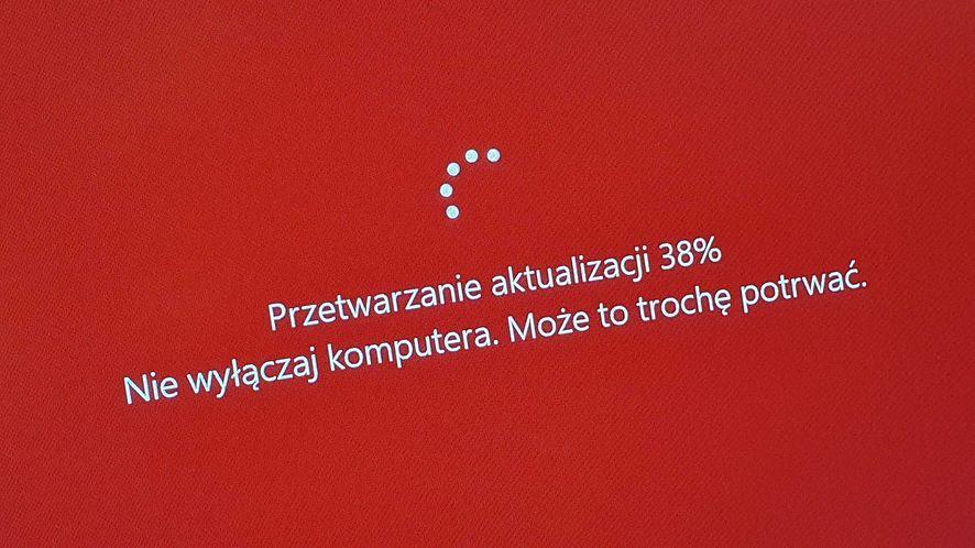 Windows 10 20H1 jest dostępny dla kolejnych komputerów, fot. Oskar Ziomek