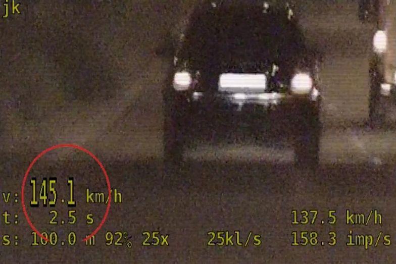 Nietrzeźwa kobieta w audi. Jechała 145 km/h w obszarze zabudowanym