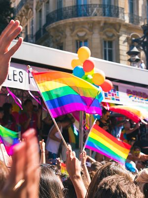 Jak tęcza stała się symbolem LGBTQ+? Wyjaśniamy