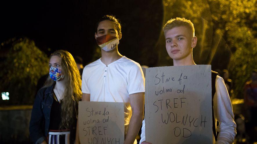 Protest przeciwko strefie wolnej od LGBT w Kraśniku (25.09.2020), fot. Wojciech Kozioł/Forum