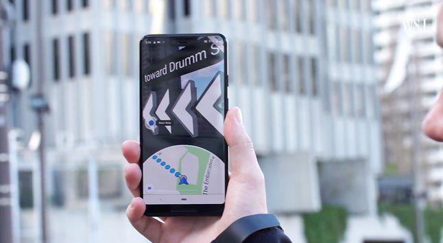 Mapy Google – rozszerzona rzeczywistość. (źródło: The Wall Street Journal)