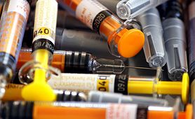 Zastrzyk przeciwzakrzepowy - charakterystyka, cel stosowania, działania niepożądane, interakcje, jak zrobić zastrzyk