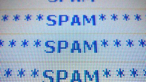 Pornografia zasypała szkolne skrzynki mailowe. Uczniowie otrzymywali setki wiadomości