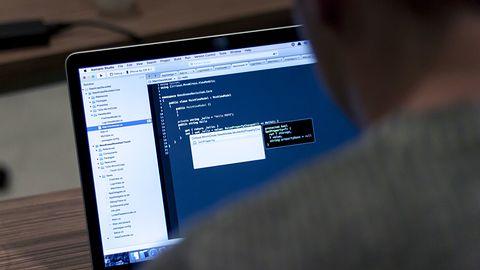 Programiści w Polsce stawiają sprawę jasno: albo podwyżka, albo zmiana pracy