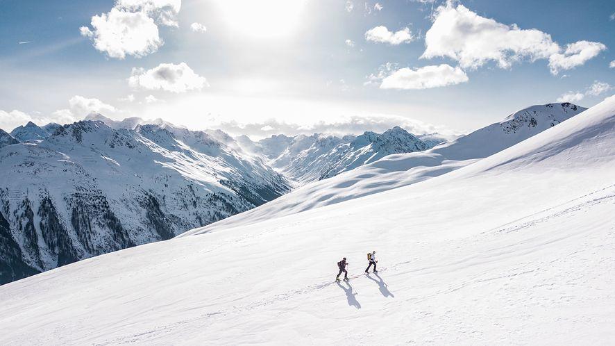 Spędzasz ferie w górach? Pamiętaj o aplikacji, która pomoże ci łatwo wezwać GOPR