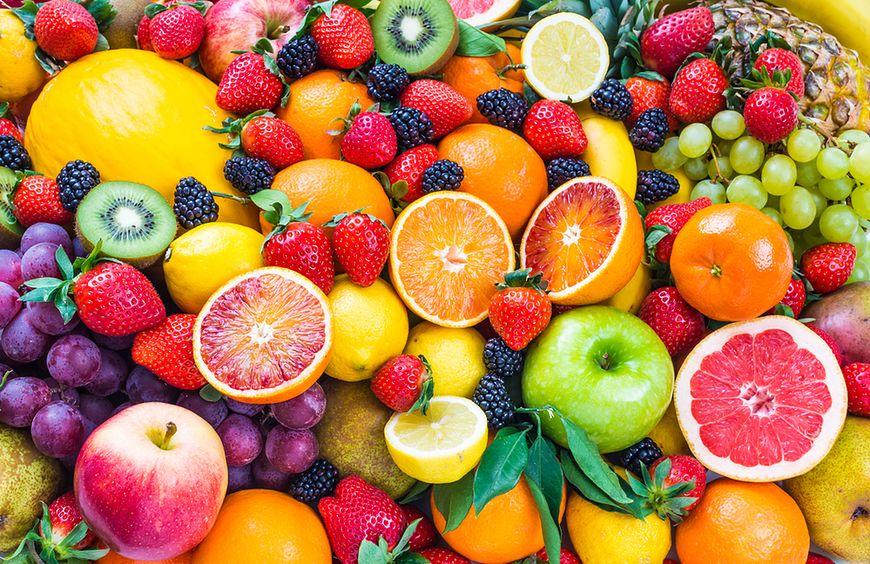 Czym rożni się glukoza od fruktozy