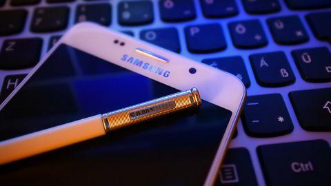 Aplikacja Samsunga do SMS-ów wysyła zdjęcia bez wiedzy użytkownika