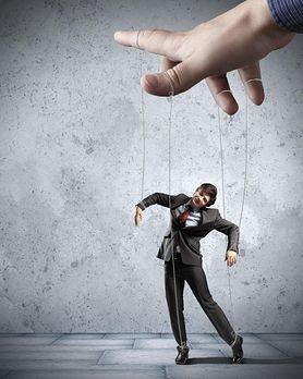Perswazja a manipulacja