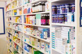 Gdzie senior znajdzie darmową listę leków?