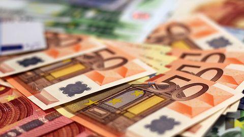 Szybka wymiana walut w aplikacji IKO i karta wielowalutowa w sam raz na wakacje