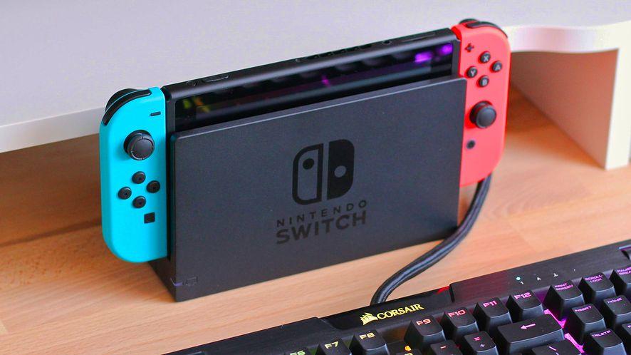Nintendo Switch, fot. Andrew Mantarro/Unsplash