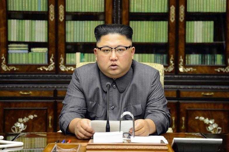 Kim Dzong Un ma 60 bomb atomowych. Na tym nie koniec. Przerażający raport