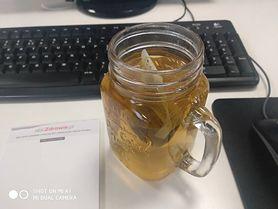 Herbata z czystka - działanie i właściwości. Co daje picie czystka przez miesiąc?