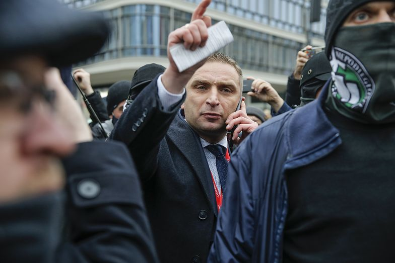 Robert Bąkiewicz dostanie od rządu miliony zł. Na co zostaną wydane?