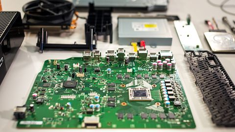 A gdyby sprzęt siedzący w Xboksie One dało się ulepszać? Po co kupować nową konsolę, gdy można wymienić procesor?