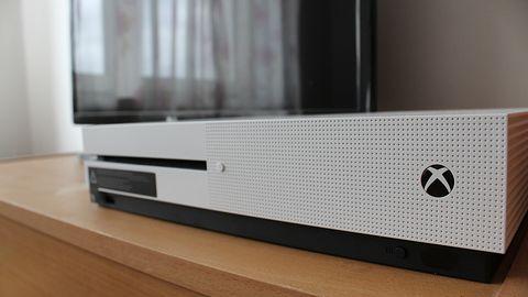 Microsoft podsłuchuje użytkowników Xboksa One i nie zamierza przestać