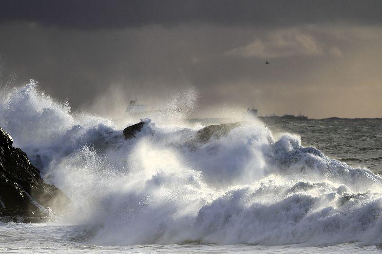 Groźne wichury na Pomorzu. IMGW ostrzega