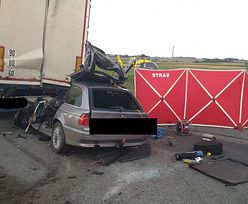 Tyle zostało z bmw. Tragiczny wypadek na trasie Łagiewniki - Wrocław