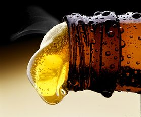Piwo jest szkodliwe dla zdrowia. Sprawdź, czym grozi spożywanie