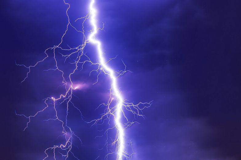 Pogoda. Gdzie jest burza? Ostrzeżenia IMGW dla województw. Niebezpieczeństwo