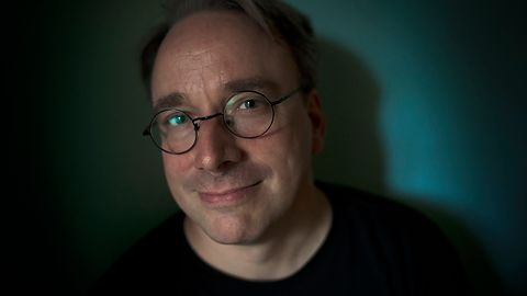 """Linus Torvalds w praktyce nie jest już programistą: """"Czytam e-maile, piszę e-maile..."""""""