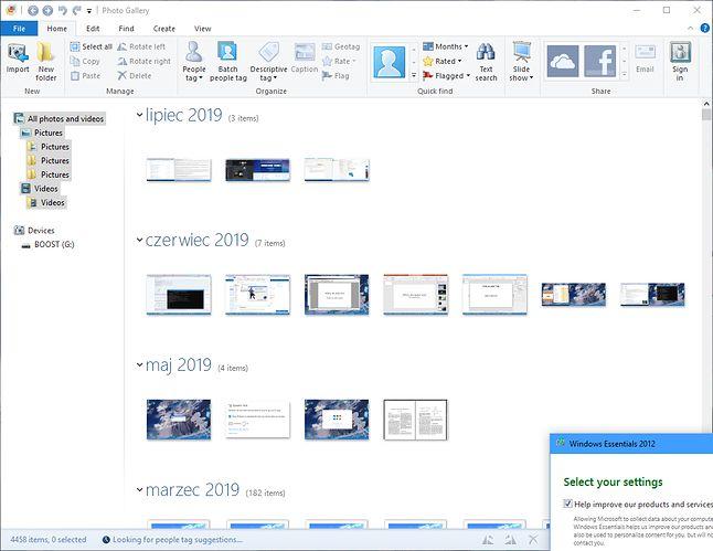 Zdecydowanie wolałbym Galerię Fotografii Windows Live, ale te czasy już nie wrócą...