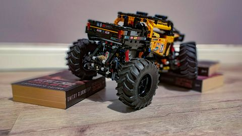 Recenzja LEGO Technic 42099: samochód terenowy sterowany smartfonem