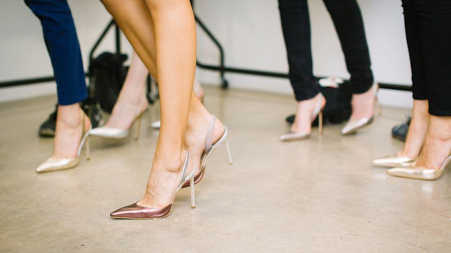 Sprzedaż butów na OLX i problem: z konta zniknęło 11 tys. złotych